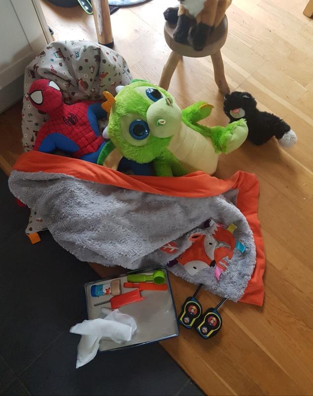 easy toddler activities vets